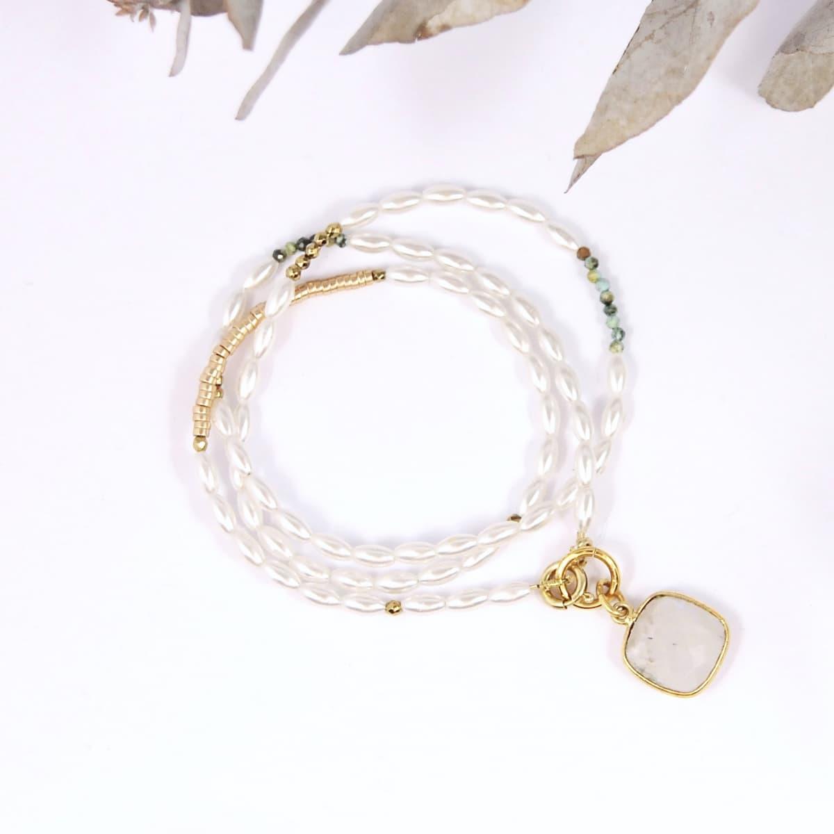 bracelet femme  Angèle mini perle d'eau douce 3 tours vue générale